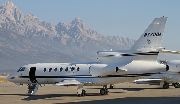 Falcon 50EX for charter, operated by flyADVANCED.